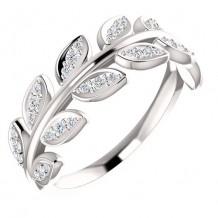 14k White Gold Diamond Leaf Fashion Ring